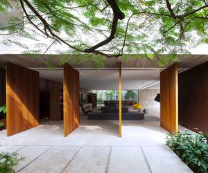Contemporary Concrete and Glass Home