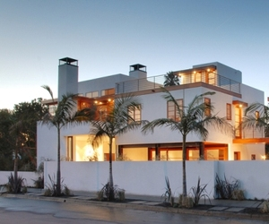 Contemporary House in Venice Beach California