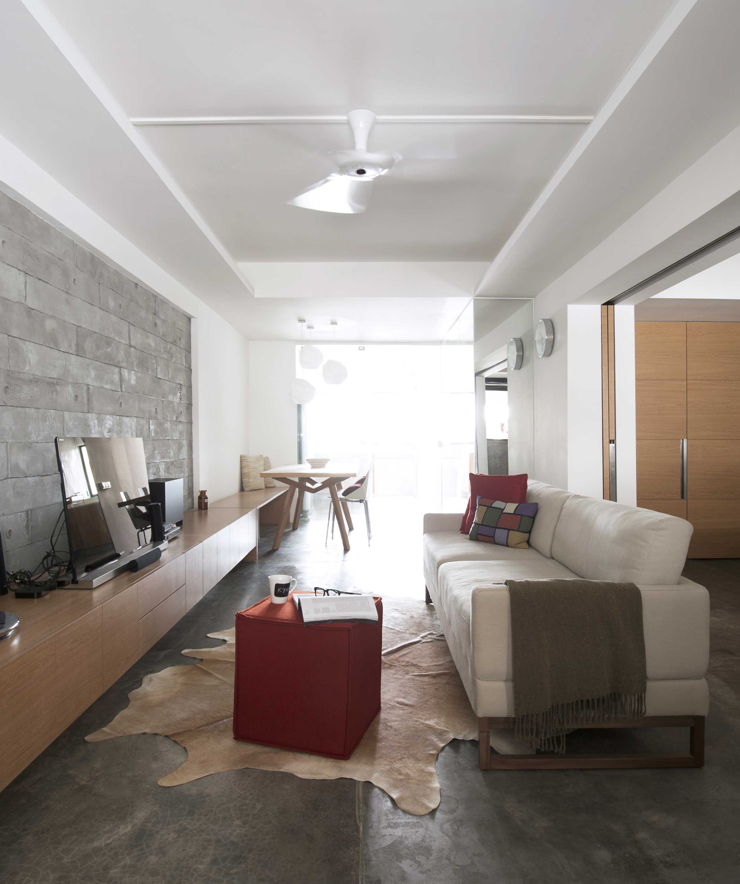 Apartments In Singapore: Contemporary Pint-sized Apartment In Singapore