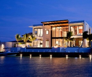 Bonaire House in the Caribbean by Silberstein