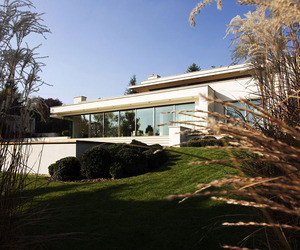 Contemporary Villa in Szentendre, Hungary by Architema