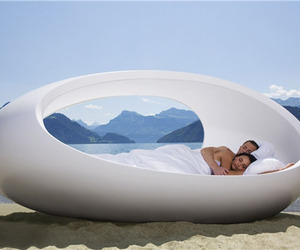 Cool Bed Designs Like Space Ship From LOMME