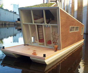 Cool Green Homes That Float