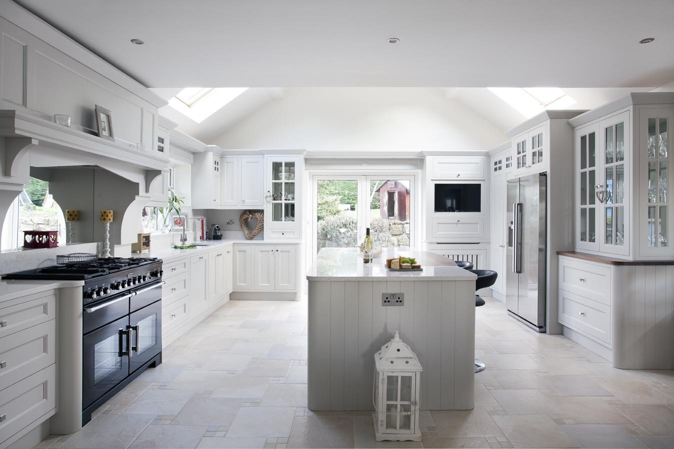 Cornforth white by woodale designs ireland for Kitchen cabinets ireland