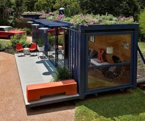 Cozy Guesthouse from Shipping Container