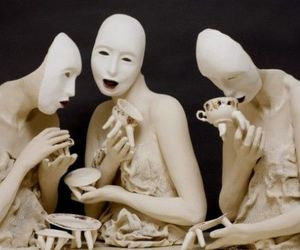 Creepy tableware for nightmares