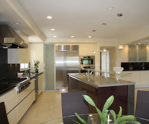 Crisp, Clean Contemporary Kitchen in Los Gatos, CA