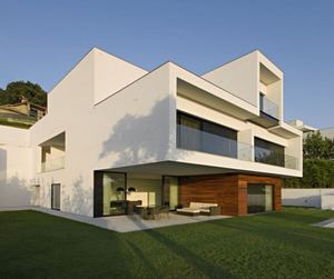 CS House by Pitagoras Architects
