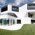 Casa Dupli, Curvaceously Elegant Residence in Germany