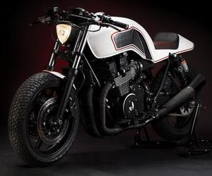 Custom Honda CB 750 by It Rocks Bikes
