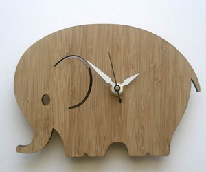 Decoylab Modern Animal Clock