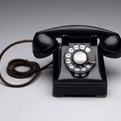 "Design Museum – Telephone ""302″"