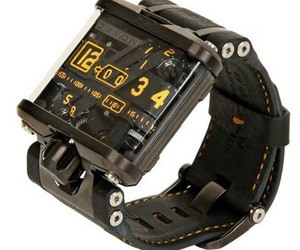 Deven Tread Watch