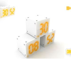 Dg-Qb: Magnetic Digital Clock