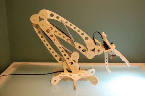 DIY Wooden LED Desk Lamp looks crazy!