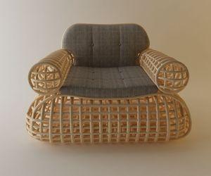 Doeloe Lounge Chair and Pretzel Bench