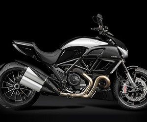 Ducati Diavel Cromo