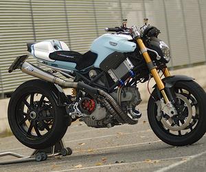 Ducati Multistrada Biuta Custom by Carlo Roscio