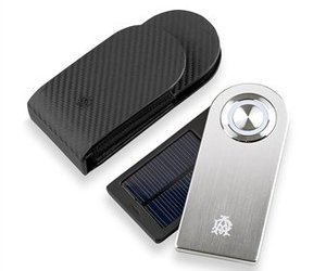Dunhill Solar Charger