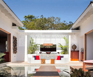 Eco-luxury Retreat in the Maya Mountains of Belize