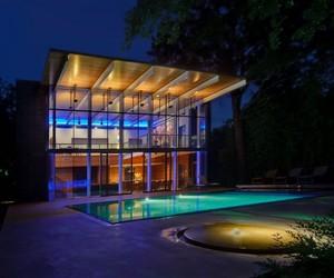 Elegant Modernist House by Cunningham Architects