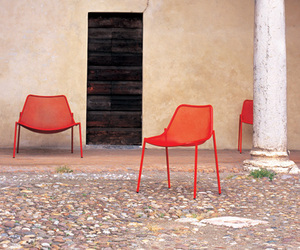 EMU Round Seating from Coalesse