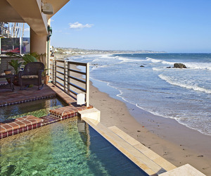 Exquisite Malibu Contemporary on Broad Beach
