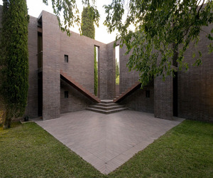 Family House at the Empordà by Ricardo Bofill