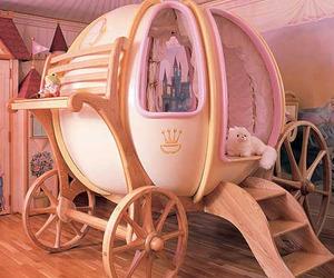 Fantasy Coach Bed