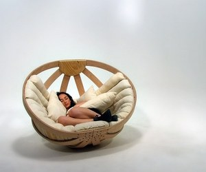 Feeling Like a Newborn: Alluring Cradle for Adults