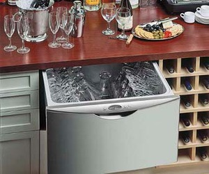 Flexible dishwasher drawer