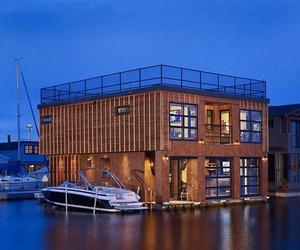 Floating Home in Seattle, WA