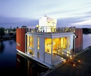 Floating Villa by Staffan Strindberg