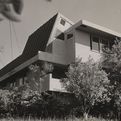 For Sale: R.M. Schindler's 1940 Albert Van Dekker House