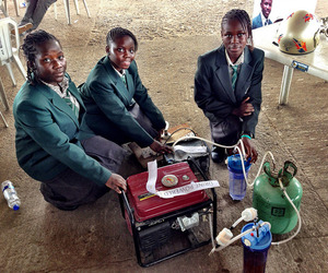 Four African Teen Girls Create A Urine-Powered Generator