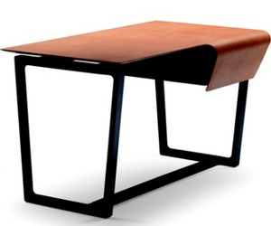 Fred, Leather Desk from Poltona Frau