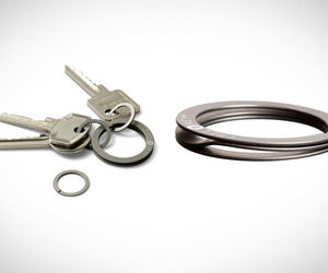 Free Key Press-to-Open Keyring