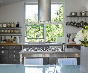 Fresh + Contemporary Kitchen