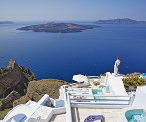 Freshome Hotel Review: Aqua Vista Hotels, Santorini