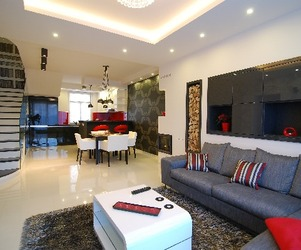 Friendly Apartment With Glossy Details