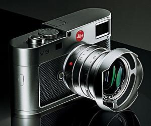 FrontRunners: Leica M9 Titanium