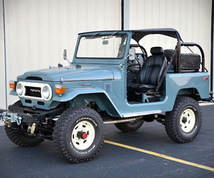 Fully-restored 1978 Toyota Land Cruiser for Sale
