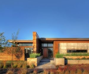 Garren Residence in Bend, Oregon by PIQUE
