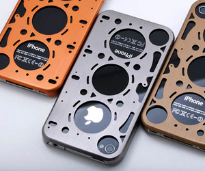 Gasket Brushed Aluminum iPhone Case