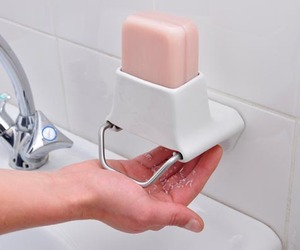 Genius soap dispenser
