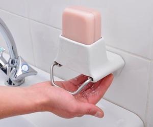 Genius soap dispenser