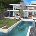 Glamorous Retro-Style Beach Villa: Luna2 by David Wahl