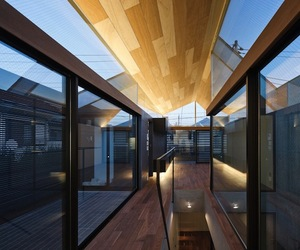 Glass Chamber House in Tokyo