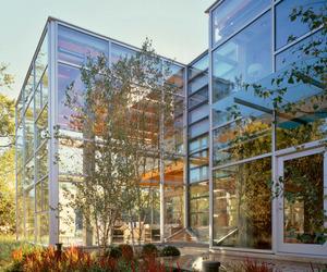 Glass House in Chicago | Thomas Roszak Architecture