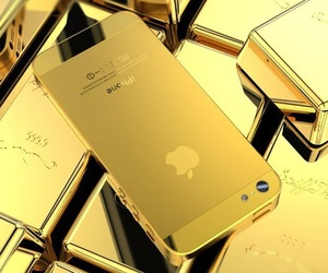 Golden iPhone 5 Housing
